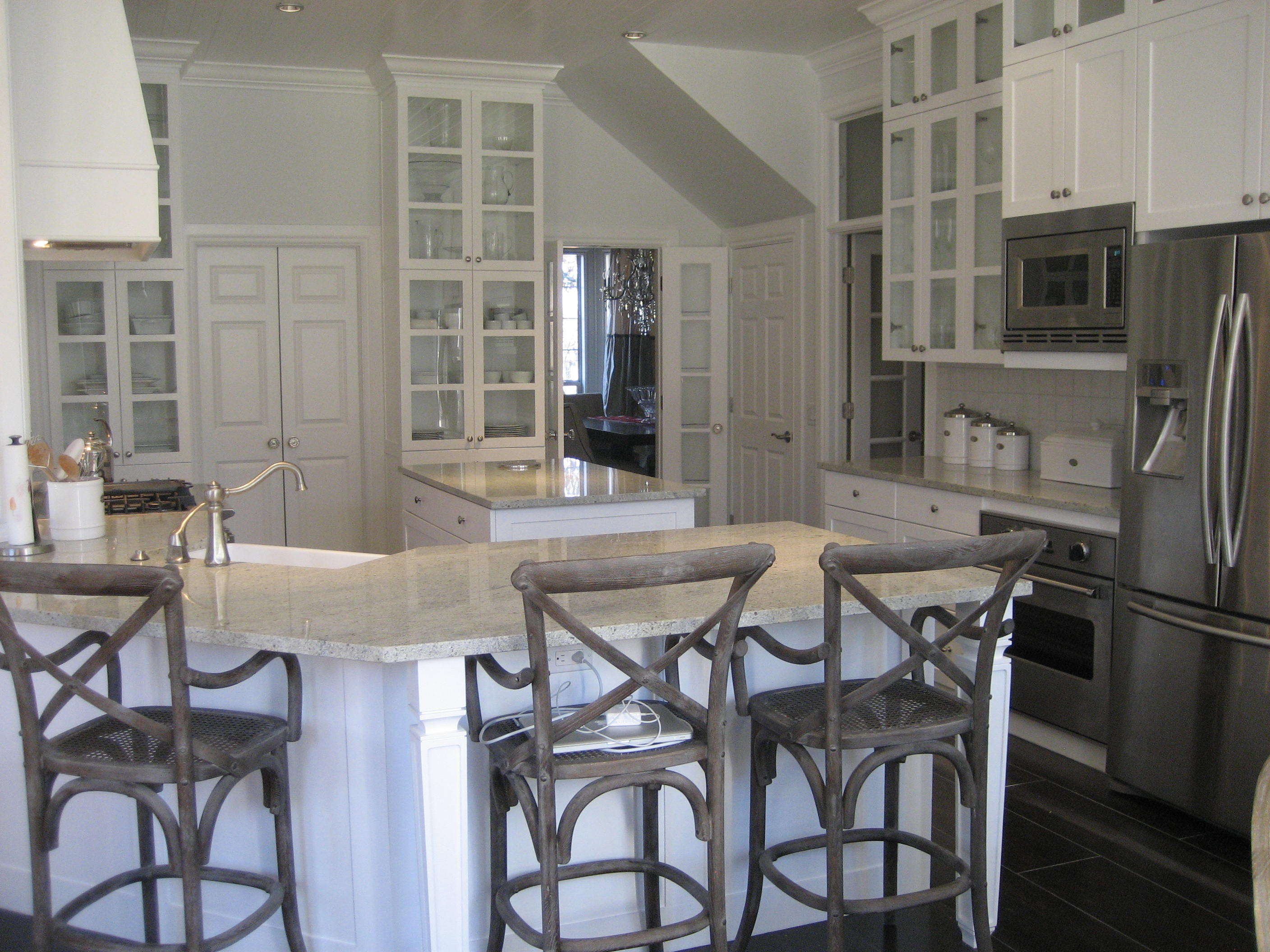 Kashmir White Granite Kitchen Kitchen Stacy Nance Interiors Page 3